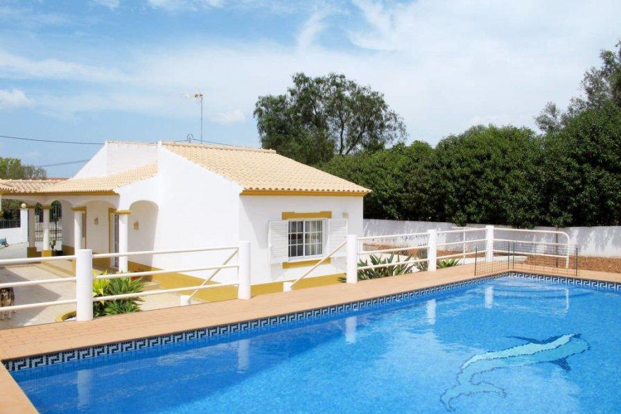Villa in Portugal, Casa dos Pires