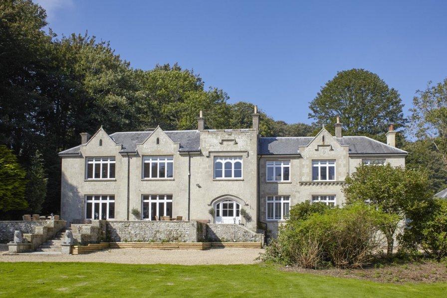 Ventnor Manor