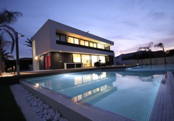 5 bedroom Villa for rent in La Manga Del Mar Menor