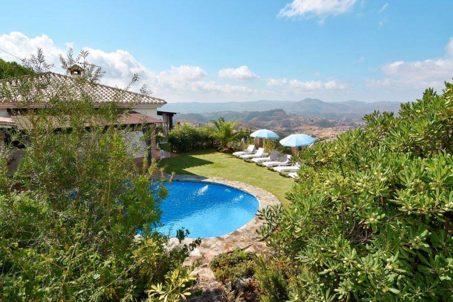 Villa with private pool in Rosa De Piedras