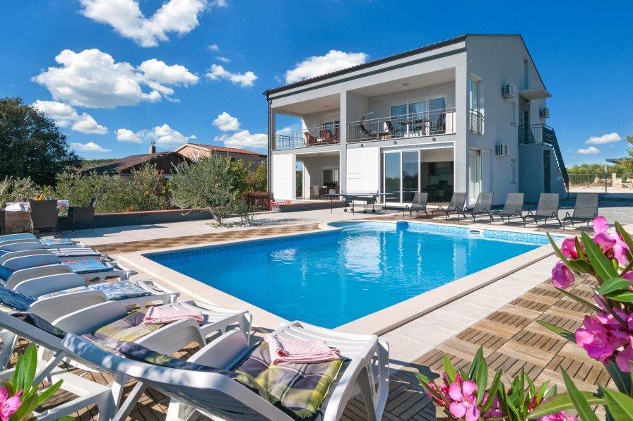 Villa in Croatia, Vrsine