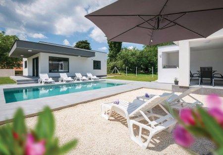 Villa in Hreljići, Croatia