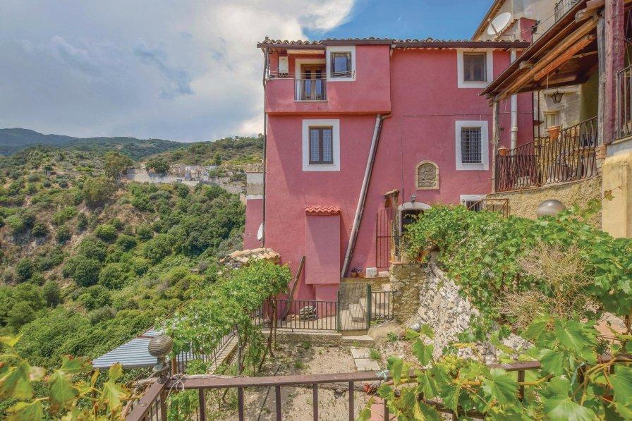 Apartment in Italy, Isca sullo Ionio