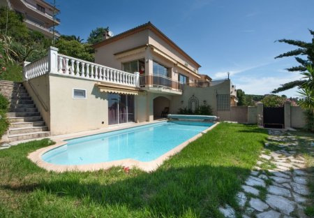 Villa in Les Termes, the South of France