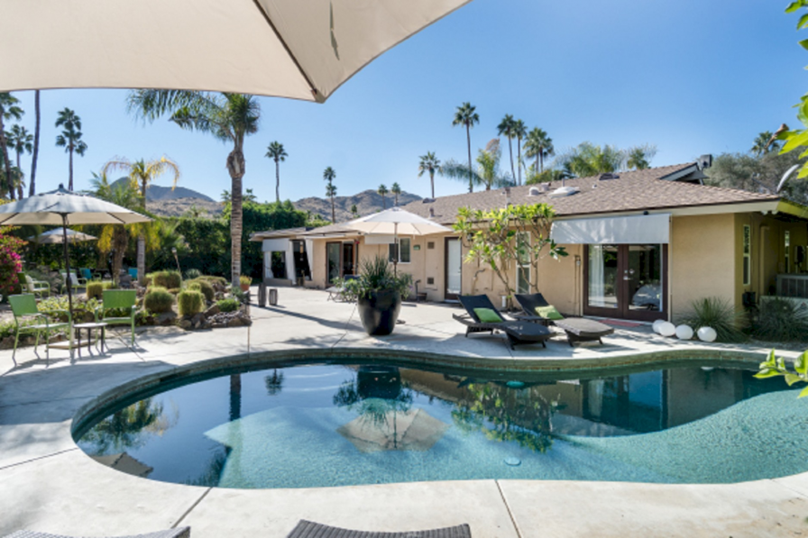 Luxurious 3 Bedrooms House with Pool in Palm Springs