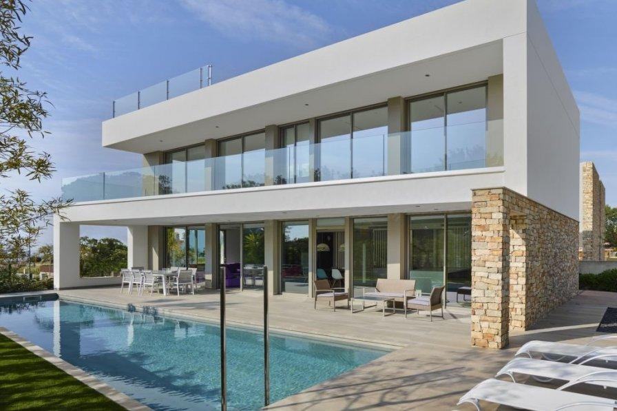 Villa in Spain, L'Ardiaca: fotografía casa en Cambrils by Eugeni Pons