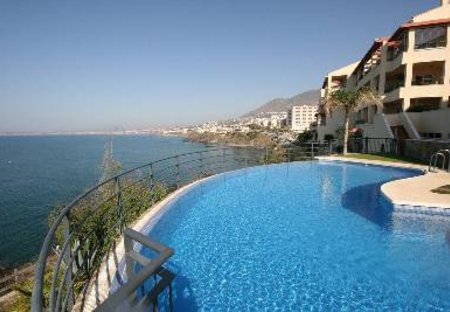 Apartment in Benalmádena, Spain: Sea and apartment view from pool