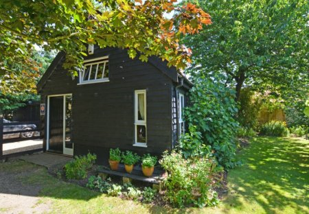 Cottage in Lingwood And Burlingham, England