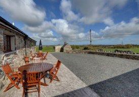 Cottage in Pentir, Wales