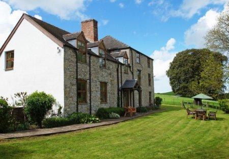House in Henllan, Wales