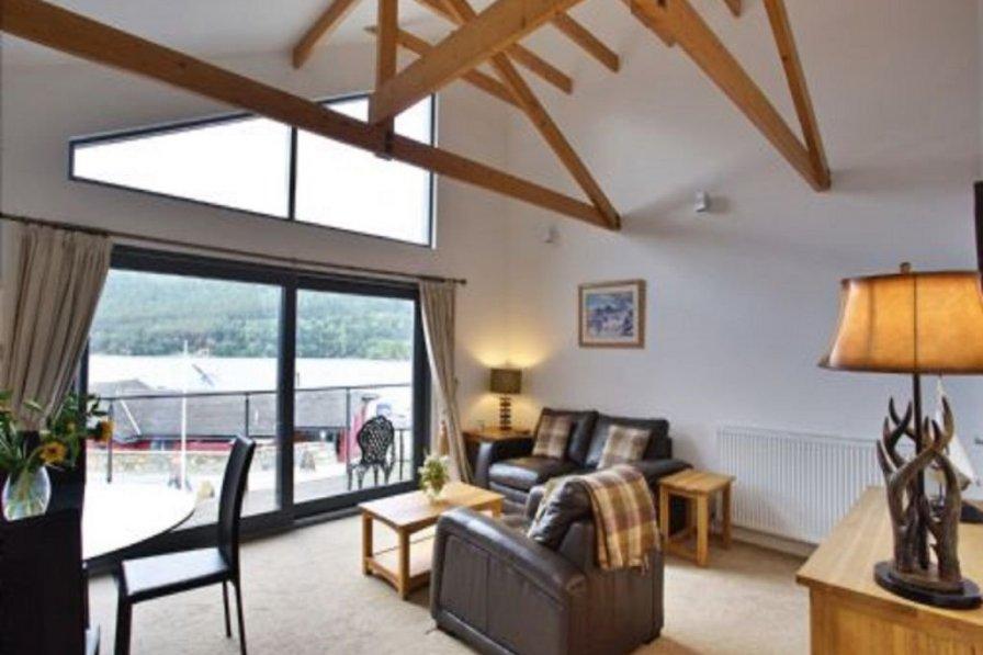 Apartment in United Kingdom, Breadalbane: HDRtist HDR - http://www.ohanaware.com/hdrtist/