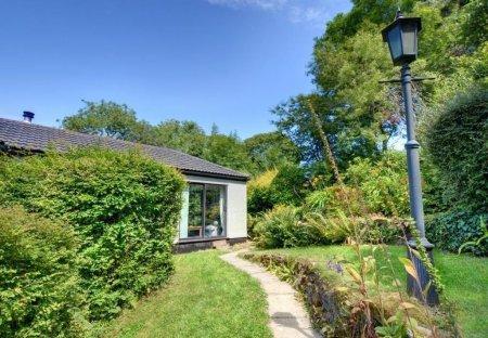 Cottage in Lanteglos, England