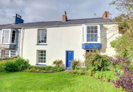 Cottage in Manorbier, Wales