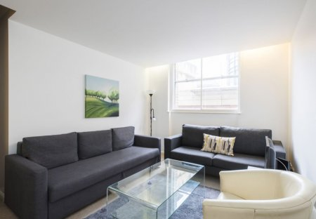 Apartment in Farringdon Within, London