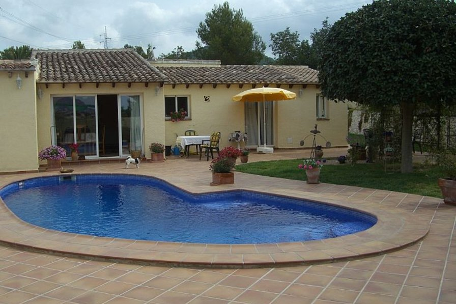 Villa in Spain, San Dionisio: Private Pool and Garden