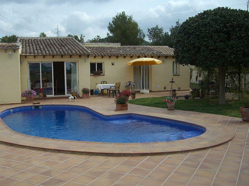 Villa in Spain, San Dionisio: Private Pool and Garden