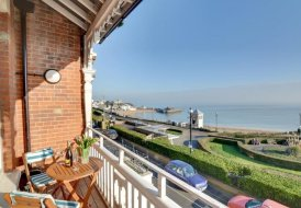 Apartment in Broadstairs And St. Peters, England