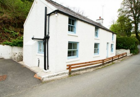 Cottage in Amroth, Wales