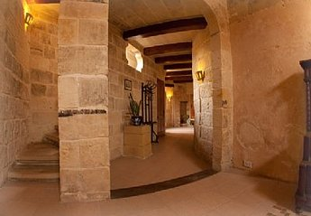 4 bedroom House for rent in Zejtun