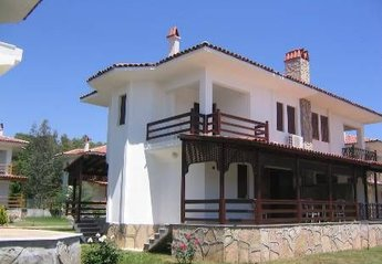 2 bedroom Villa for rent in Calis Beach