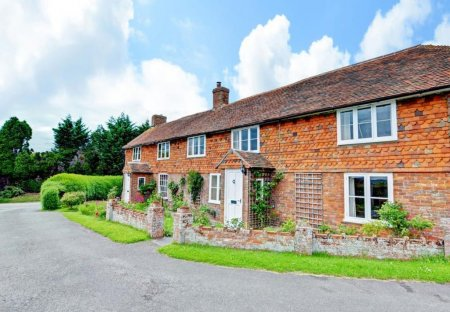 Cottage in Woodchurch, England