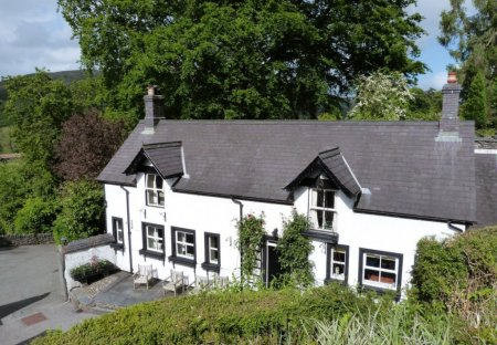 Cottage in Corwen, Wales