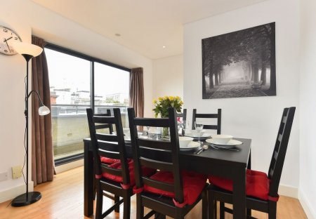 Apartment in Tower, London