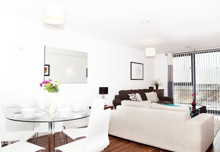 Apartment in Shadwell, London