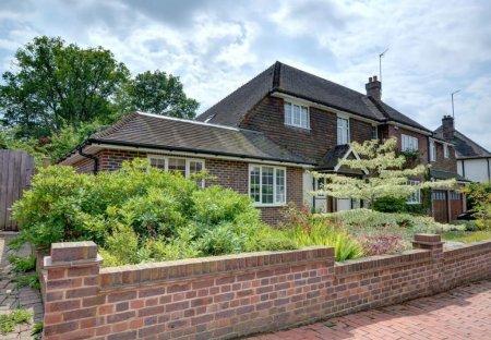 Cottage in Culverden, England