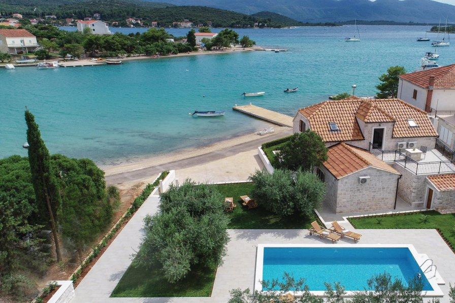 Villa in Croatia, Lovište