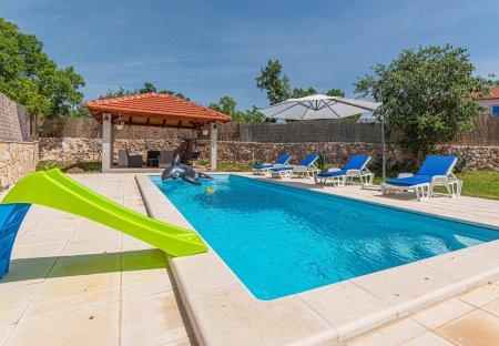Villa in Širitovci, Croatia