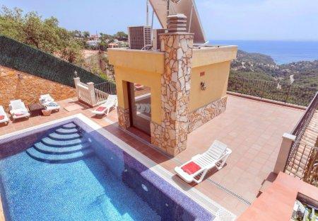 Villa in Serrabrava, Spain