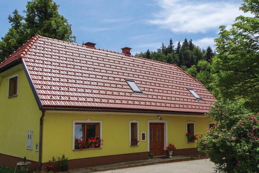 Villa rental in Zahomce