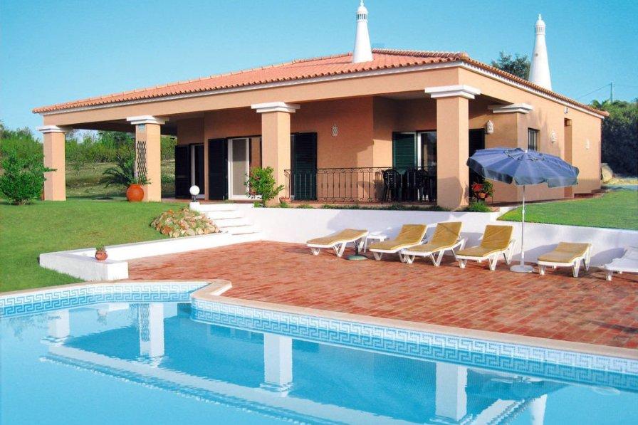 Ferienhaus mit Pool (ADP150)