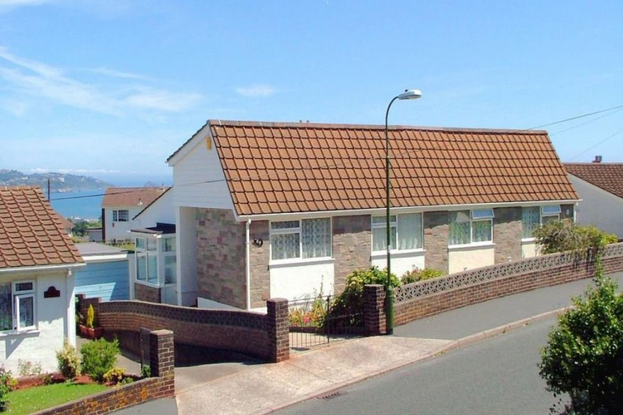 Bungalow in United Kingdom, Clifton-With-Maidenway