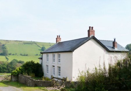Farm House in Cray, Wales