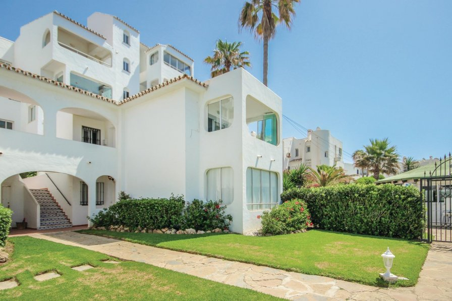 Apartment with shared pool in Riviera Del Sol - Fase II