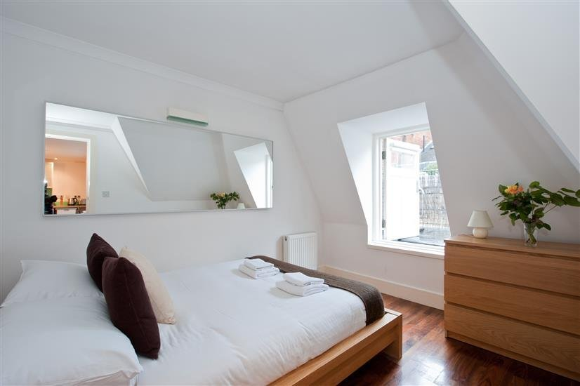Kensington High Street One Bed 14