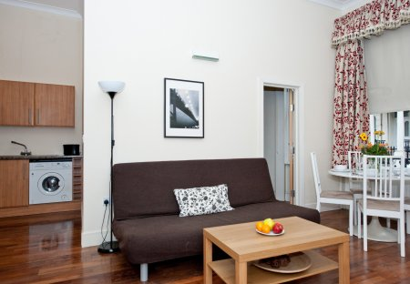 Apartment in Queen's Gate, London