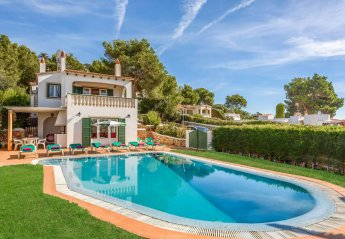 5 bedroom Villa for rent in Alaior