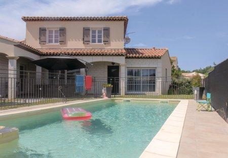 Villa in Vedène, the South of France