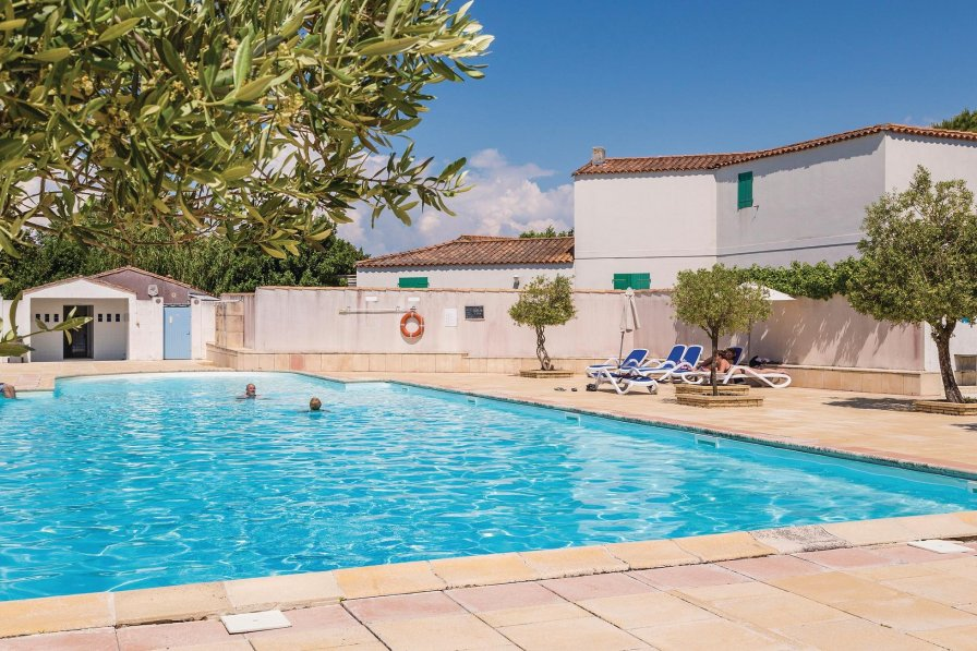 Villa in France, La Flotte