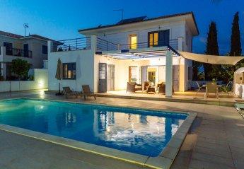 Villa in Cyprus, Pervolia