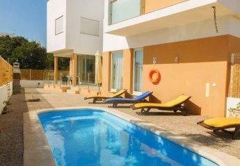 4 bedroom Villa for rent in Portimao