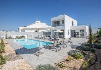 5 bedroom Villa for rent in Central Protaras