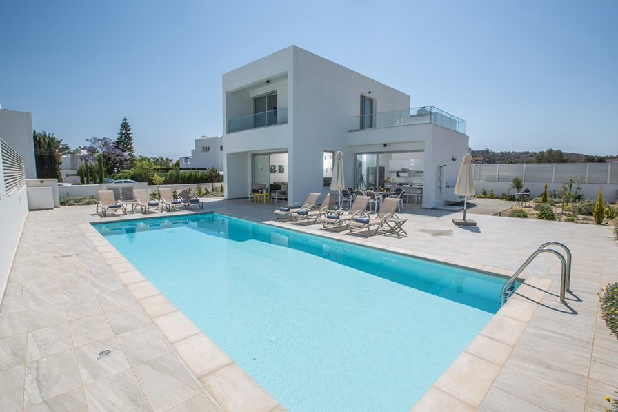 Greco Villa 5, New 5 bedroom villa in Protaras center