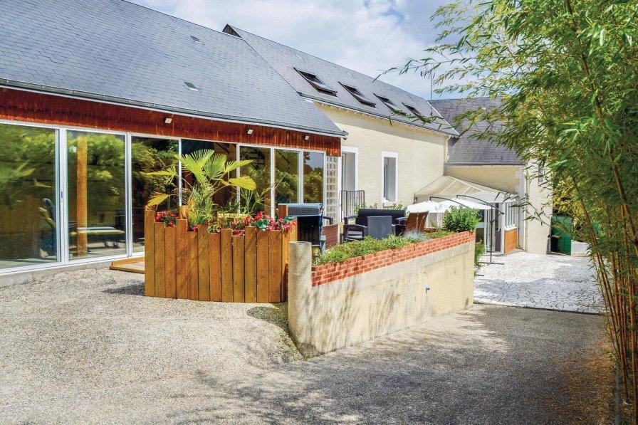 Villa in France, Nazelles-Négron