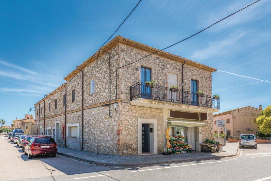 Apartment in Spain, Torroella de Fluvià