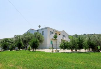 4 bedroom Apartment for rent in Pescara