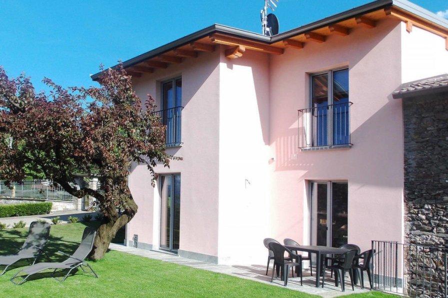 Villa in Italy, Colico Piano